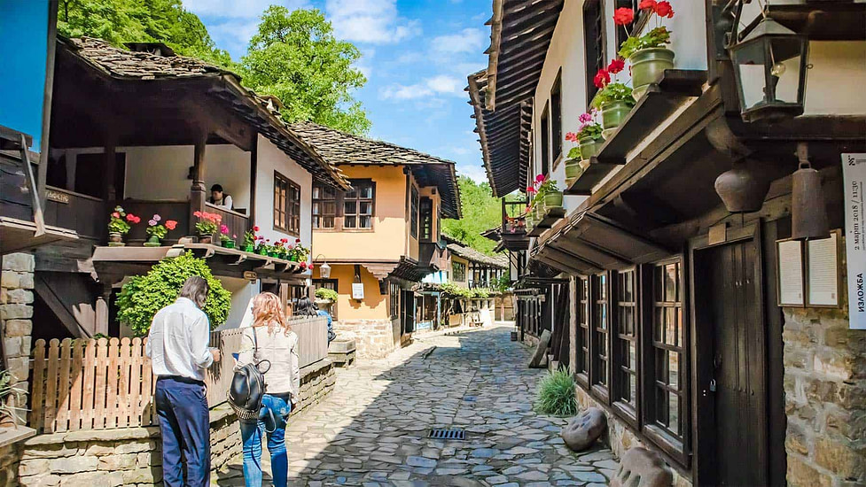Living in Bulgaria - Shopping street in small village, Gabrovo.