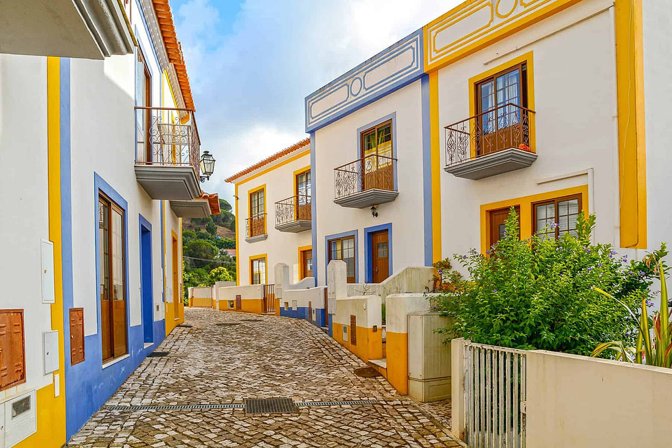 Buying a property in Portugal: Portugal's typical townhouse