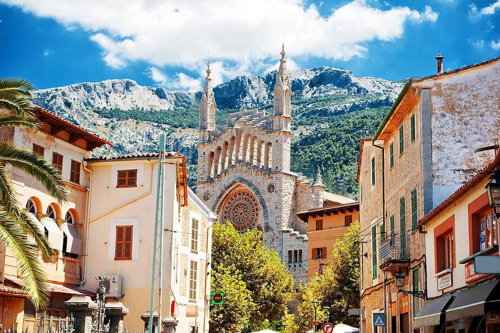 Living in Spain - Soller