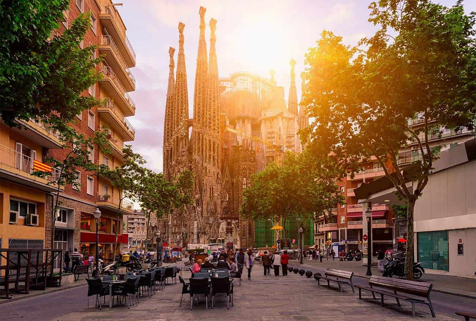 Best places to live in Spain - Cozy Street Barcelona